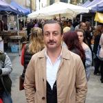 Kamal Mouzawak auf dem Farmer's Market in Beirut. Foto: Firas Suqi/AFAC