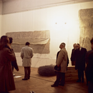 """Installation view of """"When Attitudes Become Form"""" From left to right: works by Walter de Maria, Keith Sonnier, Alan Saret and Gary B. Kuehn Kunsthalle Bern, 1969 Courtesy The Getty Research Institute, Los Angeles (2011.M.30) Photo: Balthasar Burkhard © J. Paul Getty Trust"""